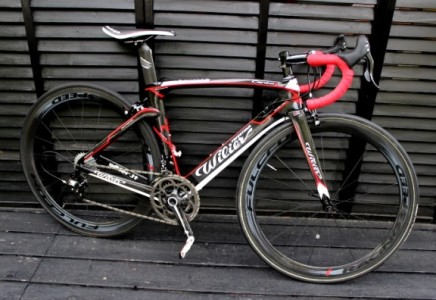 Wilier Cent1SR Air × Campagnolo レコード